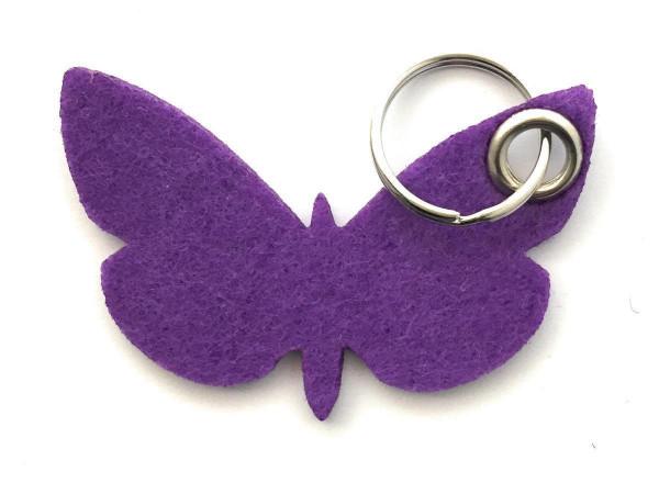 Schmetterling - Filz-Schlüsselanhänger - Farbe: lila / flieder - optional mit Gravur / Aufdruck