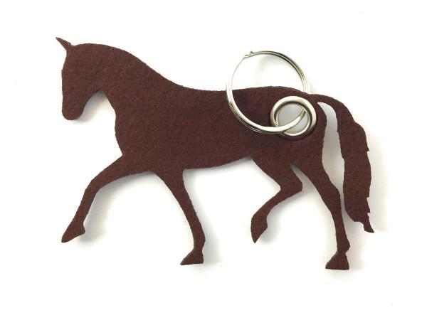Pferd / Dressur / Reiten /laufend - Filz-Schlüsselanhänger - Farbe: braun - optional mit Gravur / Au